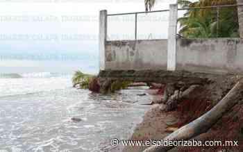 Mar se come playa en Villa Rica y afecta a comerciantes - El Sol de Orizaba
