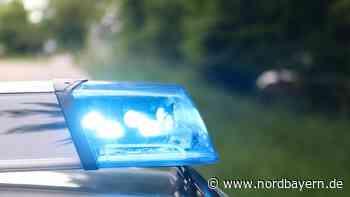 Fahranfänger war zu schnell: Pkw landet in Böschung - Nordbayern.de