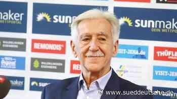Fußball - Jena - Berka als Präsident von Drittligist Jena bestätigt - Süddeutsche Zeitung
