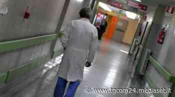 Botti di Capodanno, giovane ferito a un occhio a Canosa di Puglia - Tgcom24 - TGCOM