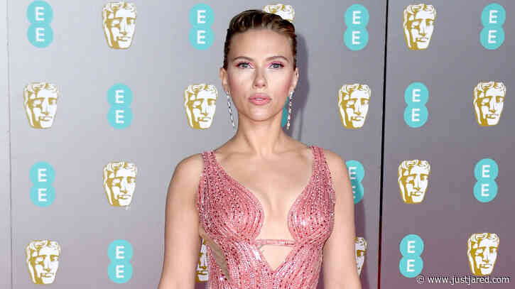 Scarlett Johansson Stuns in Custom Versace at BAFTAs 2020!