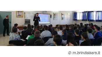 """I Carabinieri incontrano gli studenti della scuola media """"Galileo Galilei"""" di Pezze di Greco - BrindisiSera"""