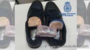 Arrestado en el puerto con casi medio kilo de hachís escondido en sus zapatos - Ceuta Actualidad