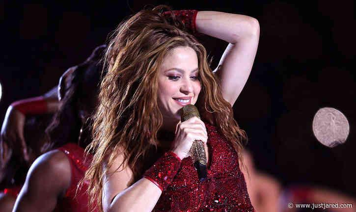 Shakira Announces World Tour Starting in 2021!