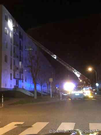 SÉCURITÉ : Vingt-cinq sapeurs-pompiers des centres de Noyon et Guiscard décorés - Courrier picard