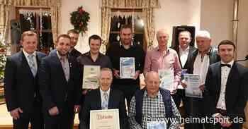 Gruppe Wolfstein ernennt Kinateder zum Ehrenmitglied – Keine andere Vereinigung hat so viele Schiedsrichterinnen - Heimatsport.de