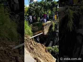 Colapsa puente en El Cercado tras crecida de río Vallejuelo en San Juan - El Dia.com.do