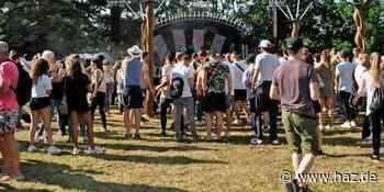 Mellendorf: Premiere für das Techno- und House-Festival Waves im Spaßbad in Mellendorf - Hannoversche Allgemeine
