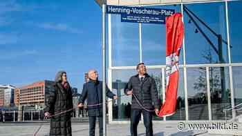 Neuer Platz, Neue Ausstellung - HafenCity ehrt Loki und Voschi - BILD