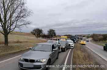 B10 bei Schwieberdingen - Unfall sorgt für hohen Schaden und langen Stau – B10 gesperrt - Stuttgarter Nachrichten