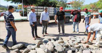 Pavimenta Sepuim 4 calles aledañas a la plaza pública de La Purísima - El Informante Baja California Sur