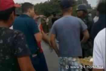 Con huevos, pobladores agreden a Guardia Nacional en Buenavista, Michoacán (+video) - 24 HORAS