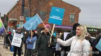 Niagara English Catholic teachers protest on King St. in Beamsville - Newstalk 610 CKTB (iHeartRadio)