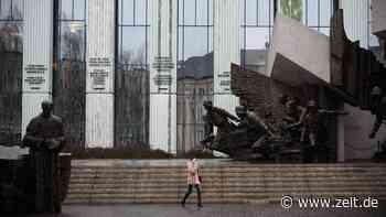 Polen: Andrzej Duda unterzeichnet Gesetz zur Richterdisziplinierung - ZEIT ONLINE