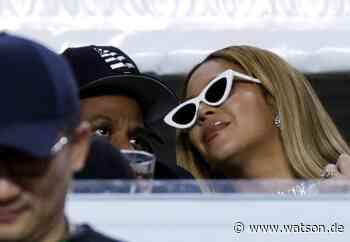 Super Bowl: Jay-Z und Beyoncé blieben bei Hymne sitzen – jetzt spricht der Rapper - watson