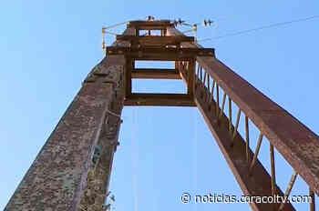 En Soplaviento cualquier brisa puede tumbar esta torre de energía carcomida por el óxido - Noticias Caracol