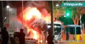 Bus se incineró en la vía Aguachica-Ocaña - Vanguardia