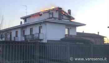 Venegono Superiore, a fuoco il tetto di una villetta in via Monte Nero - VareseNoi.it