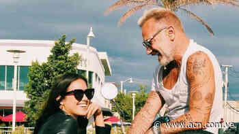 Sharon Fonseca recibe impresionate regalo de su novio Gianlucca Vacchi - ACN ( Agencia Carabobeña de Noticias)