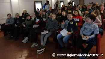 Piace agli anziani il Kandinskij narrato dai giovani alunni - Il Giornale di Vicenza