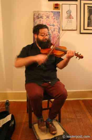Quebec fiddler plays Miramichi House - Regina Leader-Post