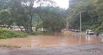 Río Perené se desborda e inunda varios tramos de la carretera - Diario Perú21