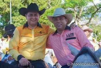 Bloque Libertadores de Vichada habría firmado pacto con alcalde de Puerto Gaitán - HSB Noticias