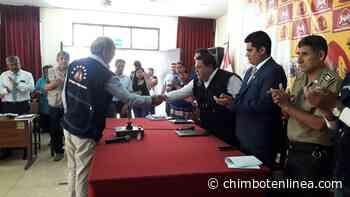 Alcalde Briceño tomó juramento a nuevo secretario técnico del Coprosec del Santa - Diario Digital Chimbote en Línea