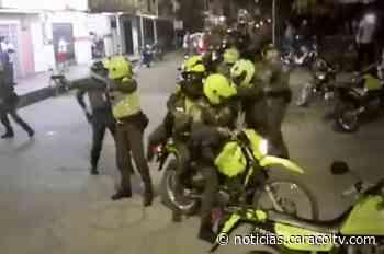 Policía tuvo que intervenir de forma inesperada para evitar el linchamiento de presunto violador - Noticias Caracol