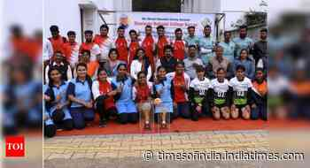 Hislop College teams dominate Nagpur University's Sepak Takraw tournament - Times of India