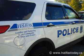 RCMP search for suspect after armed robbery in Lower Sackville - HalifaxToday.ca