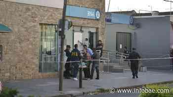Tras el crimen del bancario en Isidro Casanova, el Central volvió a exigir a los bancos personal de seguridad - infobae