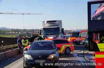 A8 bei Weilheim an der Teck - Neue Erkenntnisse zum schweren Verkehrsunfall – Zeugen gesucht - Stuttgarter Nachrichten