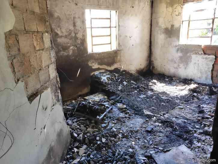 Duas irmãs de 9 e 4 anos morrem em incêndio em Itaqui - G1