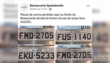 Restaurante procura donos de placas perdidas após chuvas na estrada Jundiaí-Jarinu - Tribuna de Jundiaí