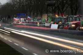 Nieuwsfoto's: trekkers langs de snelweg - Boerderij