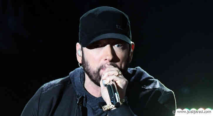 Eminem Makes Surprise Appearance at Oscars 2020 to Perform 'Lose Yourself' - Watch Now!