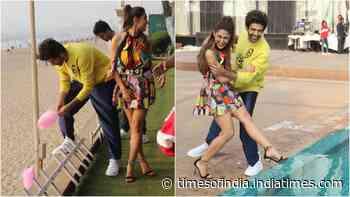 Sara Ali Khan and Kartik Aaryan's irresistibly cute chemistry is on full display in these shots!