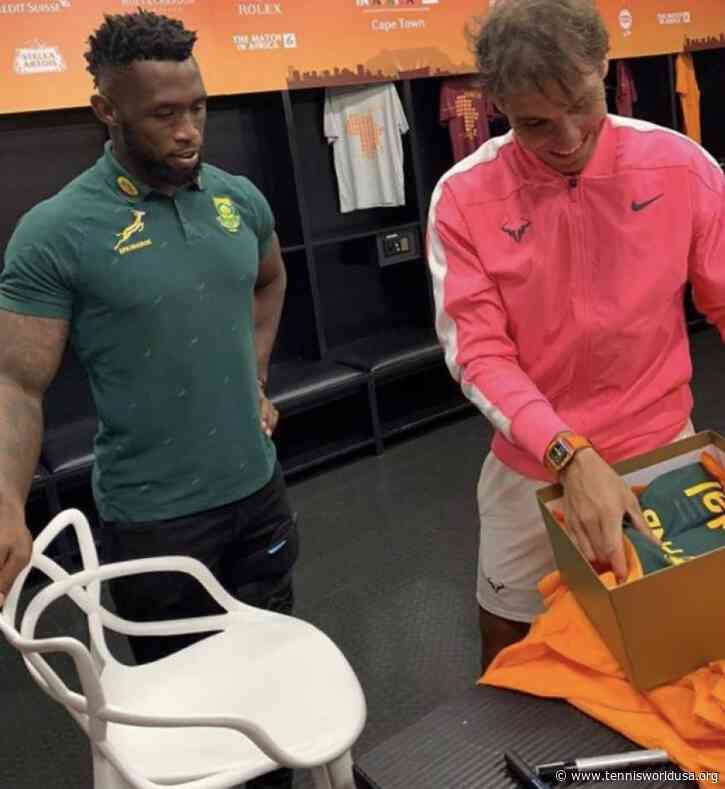 Rafael Nadal also received Springbook jersey in Cape Town