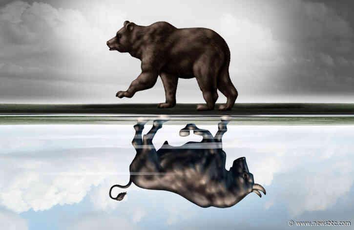 Bitcoin Bull Market Failure: Why A Year-Long Trendline Could Signal Doom