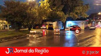 Rua Pitangueiras é interditada em Jundiaí - JORNAL DA REGIÃO - JUNDIAÍ