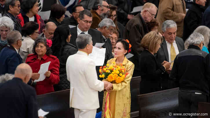 132 couples renew marriage vows during Mass at Christ Cathedral