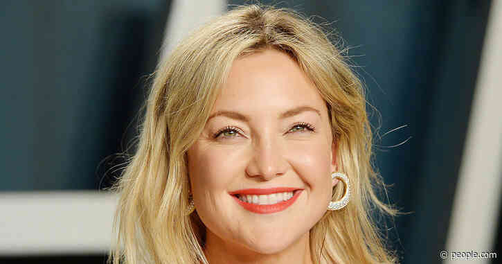 Kate Hudson Uses This 'Amazing' Natural Cleanser on Her Ageless Skin