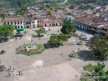 Disputas entre bandas criminales, causa de la violencia en Urrao, Antioquia - Caracol Radio