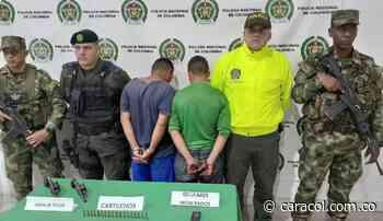 """Detenidos los escoltas de alias """"Felipe"""" en zona rural de Neira - Caracol Radio"""