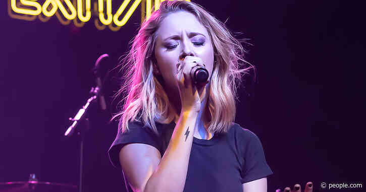 Kalie Shorr Bares Her Emotions in Powerful New Video: 'It Felt Like I Was Ripping Off a Band-Aid'