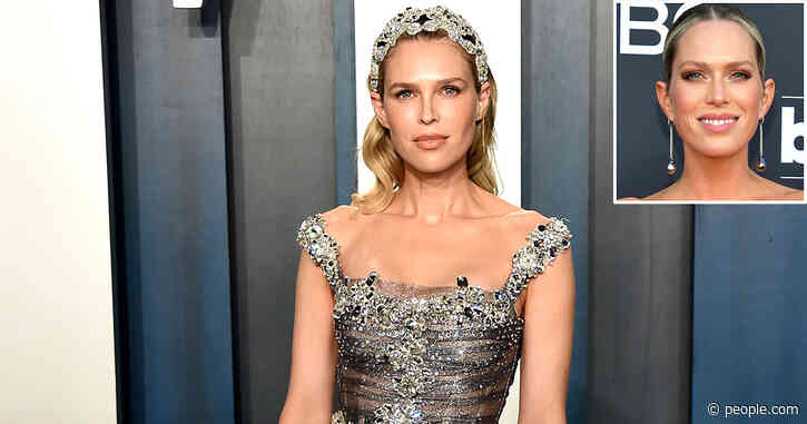 Sara Foster Jokes About Being Misidentified as Sister Erin on the Red Carpet: 'This Is a Nightmare'