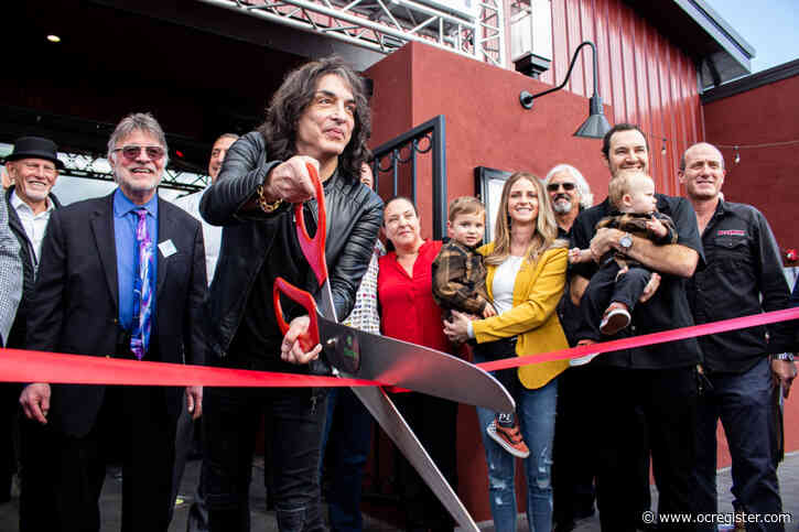 Rock & Brews opens in Tustin with appearance by Kiss guitarist Paul Stanley