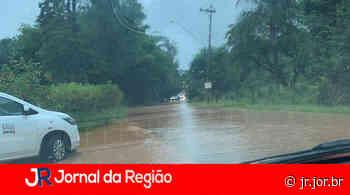 Estrada Jundiaí a Jarinu fica alagada - JORNAL DA REGIÃO - JUNDIAÍ