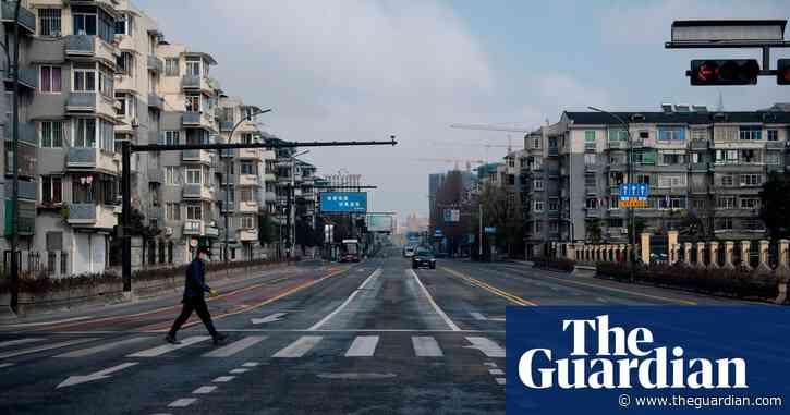 Coronavirus: Chinese man under lockdown runs 31 miles in his living room